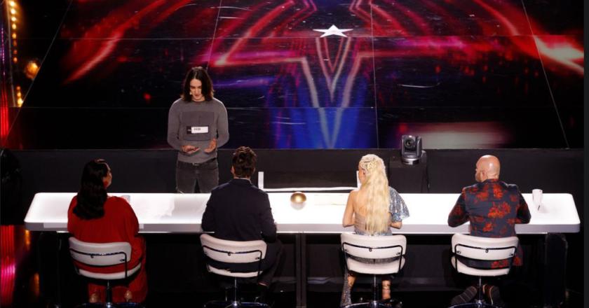 """Antonio Mitar iz Posušja je u četvrtoj emisiji showa """"Supertalent"""" svojom točkom ostavio žiri i publiku u šoku"""