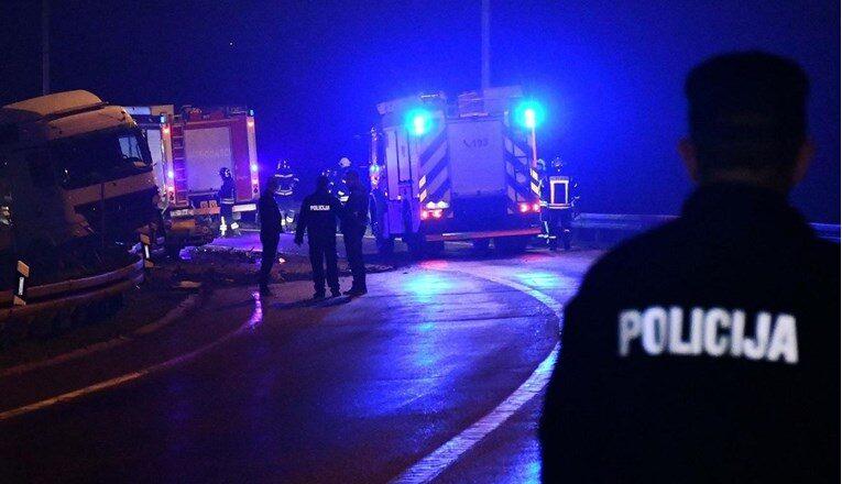 U teškoj nesreći na A3 poginuli majka i dva sina, otkriveno kako je došlo do nesreće