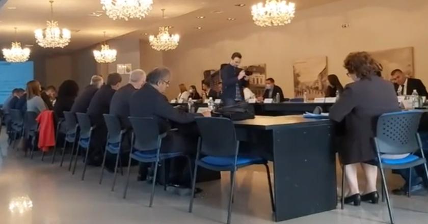 Omerinović jasno poručio u Bugojnu kako u BiH 'nema hrvatskog jezika'