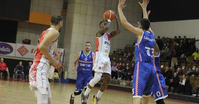 Košarkaši Širokog u derbiju kola slavili u Tuzli